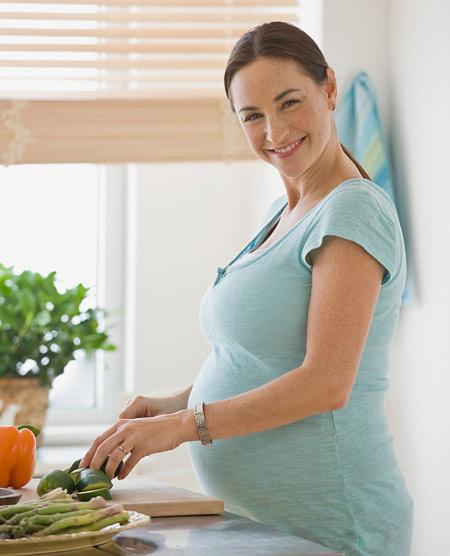 Bổ sung dinh dưỡng khi mang thai 3 tháng đầu