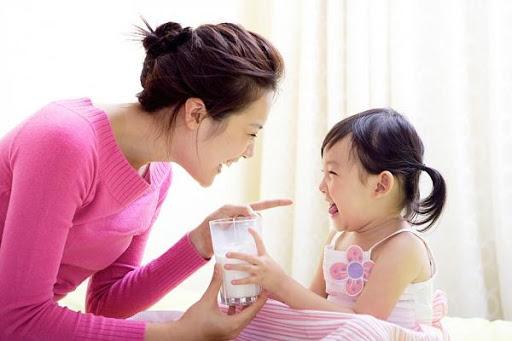 Những điều cần lưu ý khi bổ sung canxi sữa
