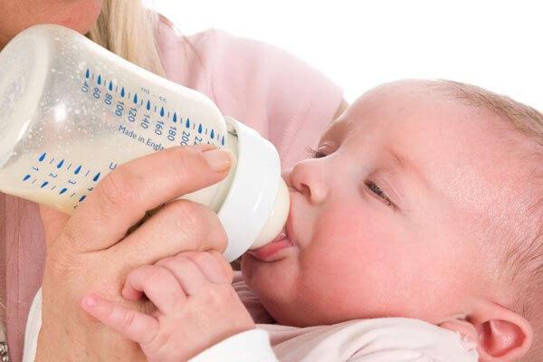 Sữa tốt nhất cho trẻ sơ sinh